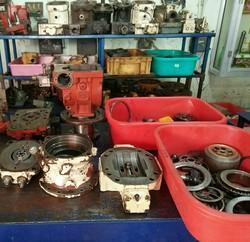 Kawasaki Hydraulic Pump service