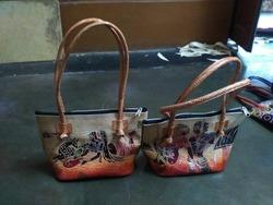 ae4b0ad9ef1b BI Red And Brown Nse 4 Leather Shantiniketan Handbags
