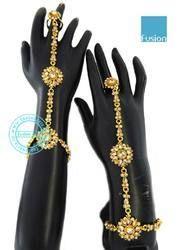 Stone Studded Designer Hathpanja