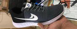 Nike Black Flyknit Uppers Shoe, Size: Medium