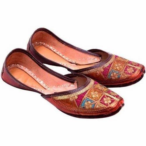Women Rajasthani Leather Jutti