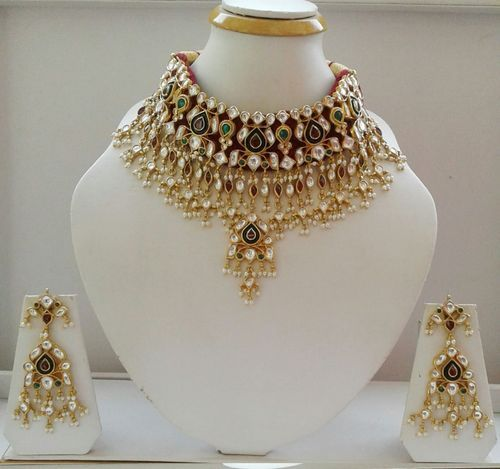 90a7faa7fc138 Ethnic Kundan Necklace Set