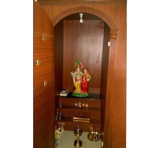 Merveilleux Wooden Pooja Cabinet