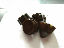 Taas'te Chocolates and Bakers Dark brown Dark chocolate, Pack Size (piece): 100
