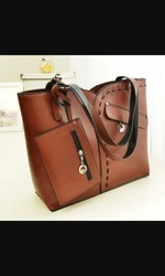 Designer Ladies Leather Bag