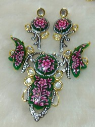 Meena Painted Stone Necklace Set