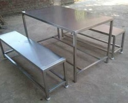 Canteen Stainless Steel Dining Table, Shape: Round And Square