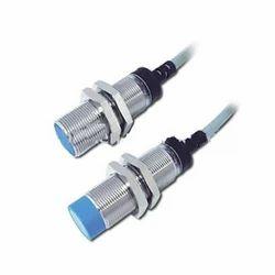 塑料高开关频率传感器,电压(V):10-20大约