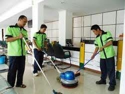 Housekeeping Staff Service