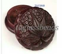 Exclusive Quality Rose Wooden Grinder