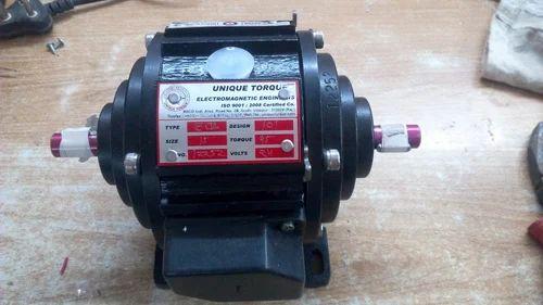 Clutch Brake Motor, Clutch Brake Motor   Sector 21d
