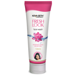 Fresh Look Face Wash with Refreshing Lotus for Dry Skin 100ml
