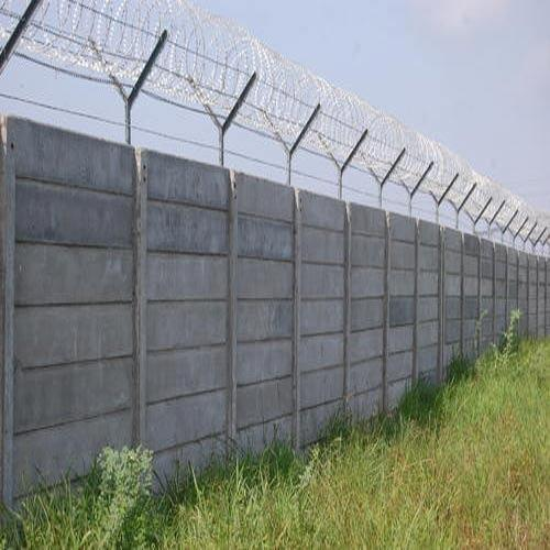 Precast Wall With G I Barbed Wire Fencing Precast Wall