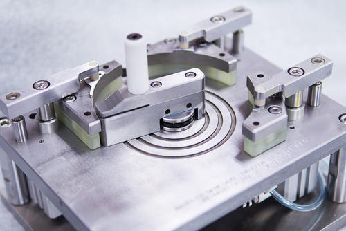design of milling fixture Unit 4 jigs and fixtures jigs and fixtures know about the milling fixtures named as 3-2-1 principle of fixture design as number of points selected at.