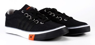 Sparx Sneakers (Black) Shoes at Rs 949
