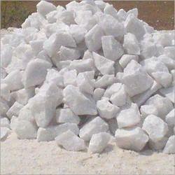 Quartz Lumps / Chips / Powder