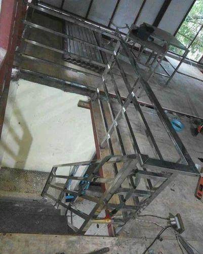 Stainless Steel Square Pipe Railing - New Ramdev Steel ...