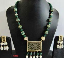 Green Thewa Jewelry Necklace Set
