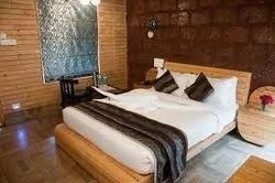 Stonarc Resort