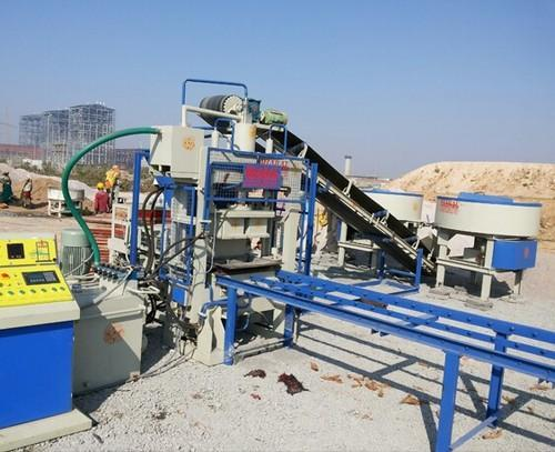 Paver Block And Cement Bricks Making Automatic Machine
