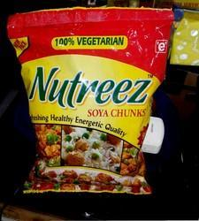 90 GM Nutreez Soya Chunks