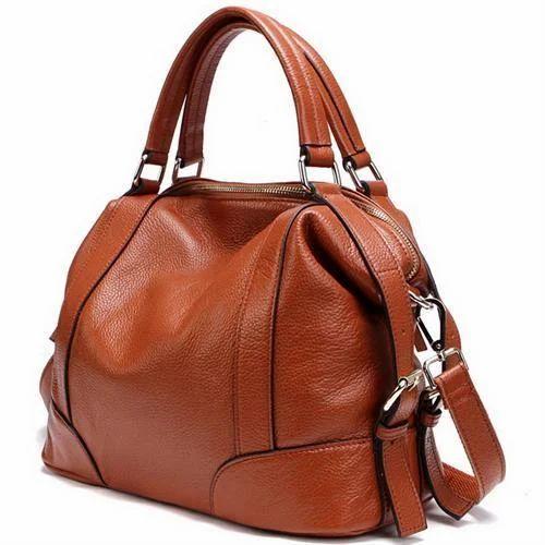 a89a909e89b7 Ladies Leather Handbag