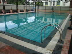 Heated Swimming Pool / swimming pool heating