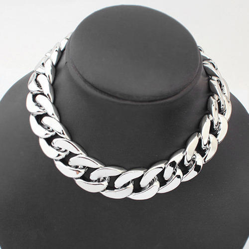 64baa2b2bc56 Shiny Light Silver Chunky Aluminium Curb Chain Necklace