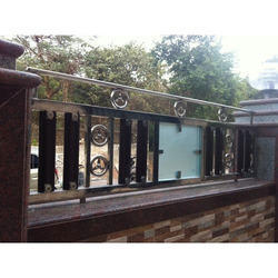 Stainless Steel Fence Ss Fence Suppliers Traders