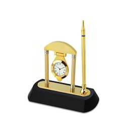 Desk Clock with Penstand