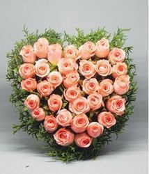 Heart Shaped Pink Rose Bouquet