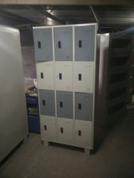 Door Industrial Locker