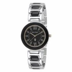 Swiss Trend Stylish Womens Wrist Watch With Black Dial