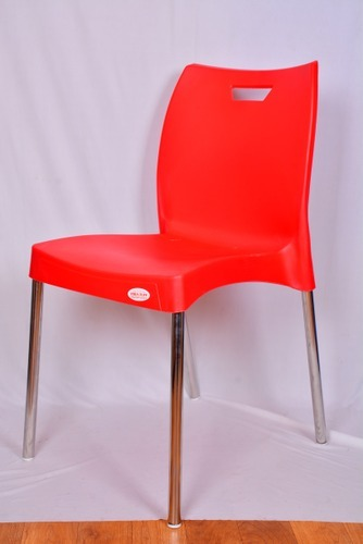 red cafe chair rs 1000 piece parmar plastic id 11696912830 rh indiamart com red cafe chip shop red cafe chairs paris
