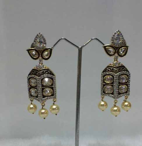 Anniversary and Engagement Ladies Earring