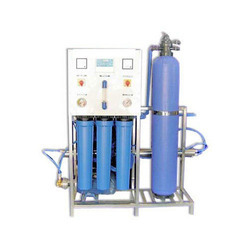 Industrial RO Water Purifier, RO Capacity: 200-500 (Liter/hour)