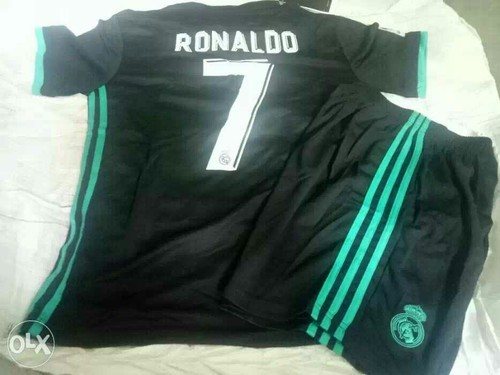 cheap for discount 5bdc7 365e3 Real Madrid Ronaldo Football Jersey