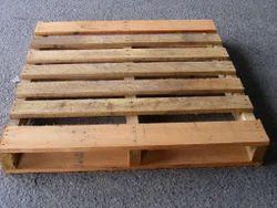 Brown Rectangular Hardwood Pallets