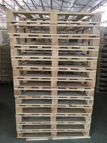 Wood Pallet Decking 4 Way Single Deck Non Reversible