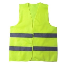 Without Sleeves Polyester Safety Jacket, For Construction, Size: Medium