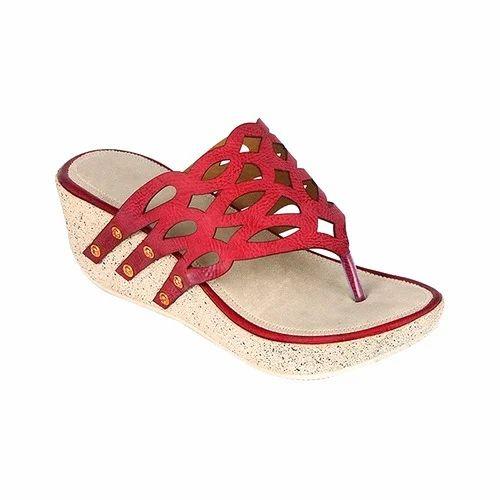 Ladies Party Wear Platform Slippers at