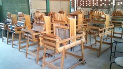 Manual Gayatri Table Loom With Folding Stand, Automatic