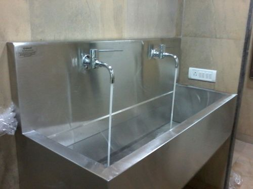 2 Bay Wall Mounted Scrub Sink