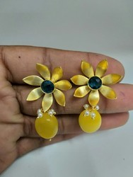 Flower Design Stud With Droop