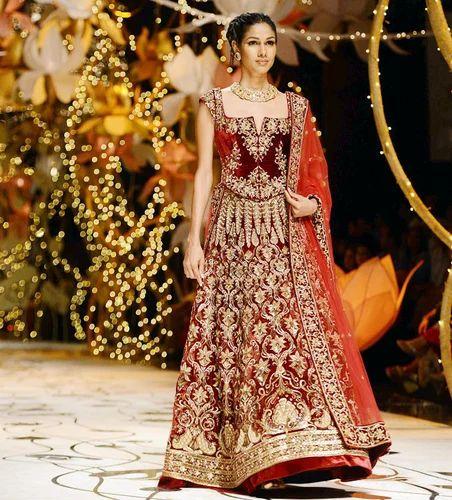 c68203e09d6a Heavy Work Bridal Lehenga at Rs 2000 /piece(s) | Johari Bazar ...