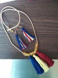 Tassel Nacklace