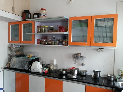 Modular Kitchen Cabinet (Crockery Unit)