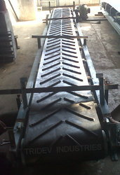 Tridev Chevron Conveyor Belt