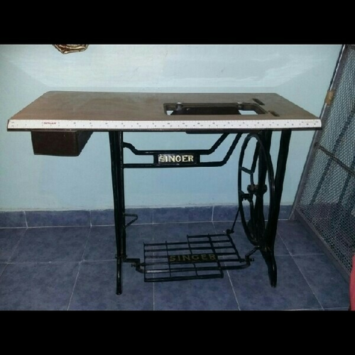 with vintage best tables on to choose ideas regard table machine qualified attractive only pinterest sewing