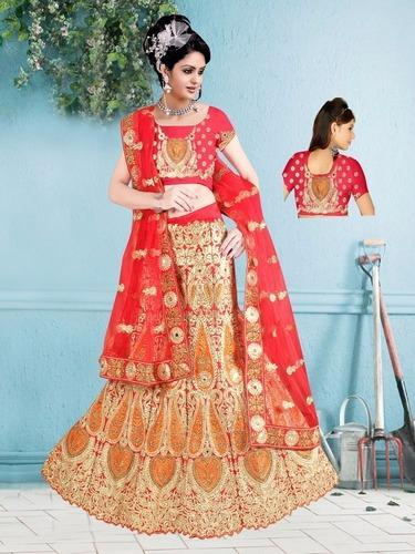3cd44364aa Heavy Lehenga Choli at Rs 4675 /piece(s) | Bombay Market | Surat ...